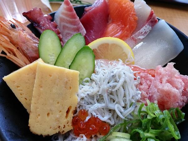 魚太郎亭 海鮮丼